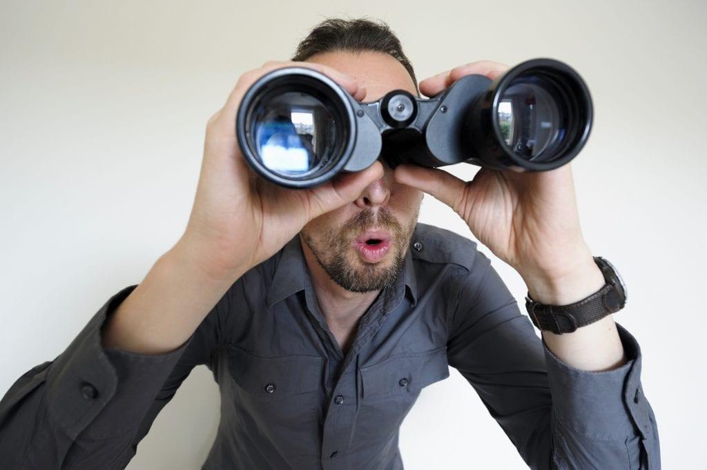 guy-watching